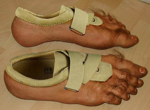 Funny Fashion Foot Wear 2009[1]