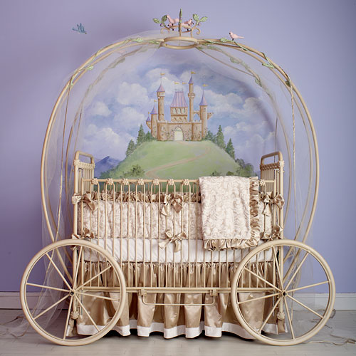 Luxurious-carriage-baby-crib-design[1]